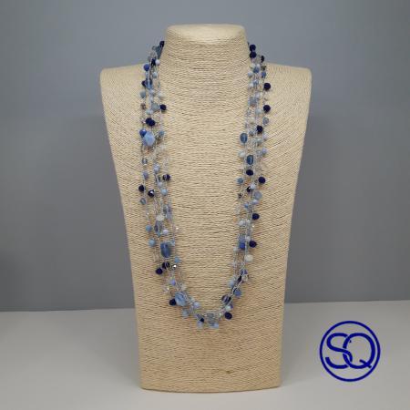 collar crochet gama de azules. Tocados y complementos Sagrario Quilez (1)