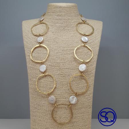 collar largo anillas y perlas. Tocados y complementos Sagrario Quilez (2)