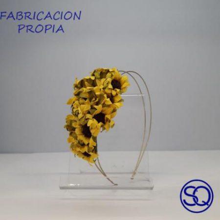 diadema de girasoles. Tocados y complementos Sagrario Quilez (1)