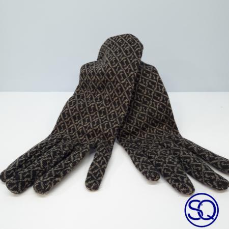 guantes finos estampados sagrario quilez tocados y complementos