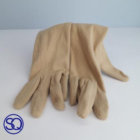 guantes granates forro polar. Sagrario Quilez tocados y complementos (11)
