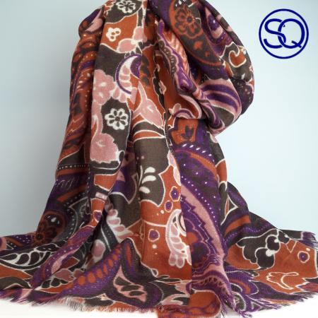 pañuelo lana rosa y marrones. Tocados y complementos. Sagrario quilez (3)