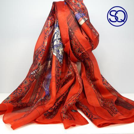 pañuelo pegaso en seda naranja.Tocados y complementos Sagrario Quilez (1)