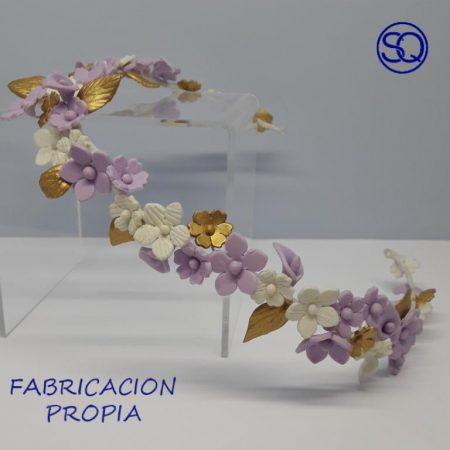 tiara de flores de porcelana lila y oro tocados y complementos Sagrario Quilez (2)
