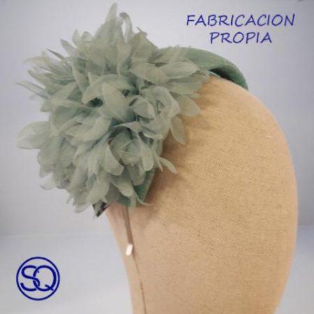 tocado diadema hormado con flor.Tocados y complementos Sagrario Quilez (1)