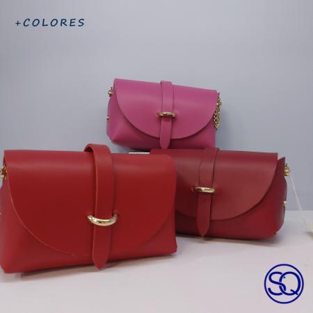 bolso piel baúl 1 Tocados y complementos Sagrario Quilez