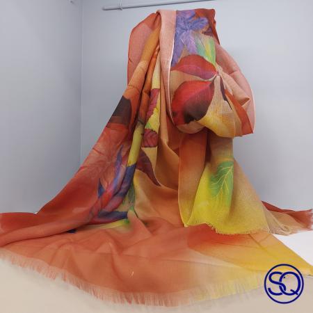 foulard lana fría hojas. Tocados y complementos Sagrario Quilez (2)