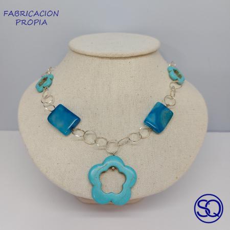 gargantilla plata y piedras azules. Tocados y complementos Sagrario Quilez (5)