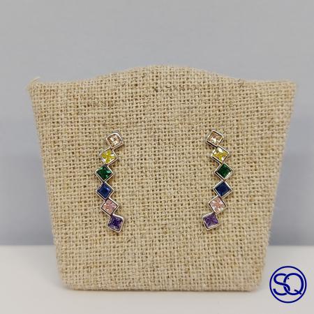 pendiente trepador con circonitas multicolor