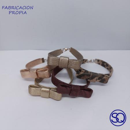pulsera cuero con lazo. Tocados y complementos Sagrario Quilez (6)